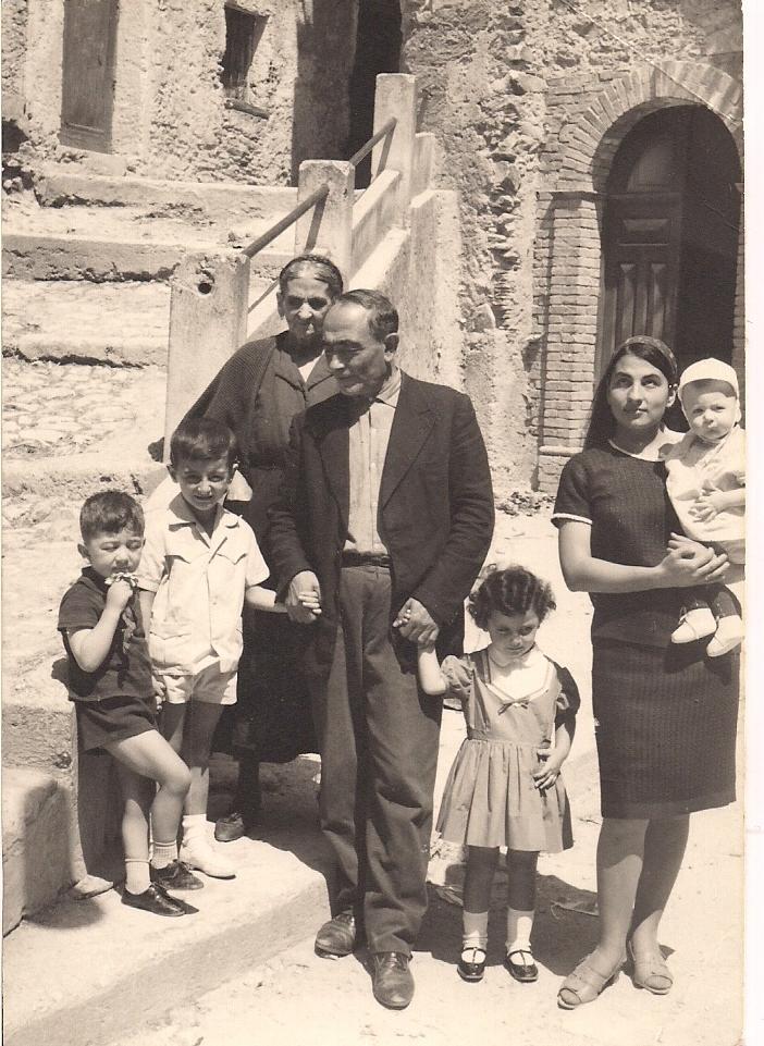 Rachele, Nonno Domenico e Nonna Amalia.